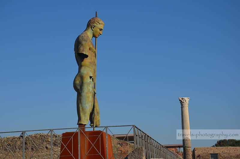Antik Statue - Reisefotografie aus der historischen Stadt Pompeij in Italien - Travel Photography