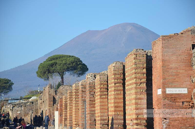 Vulkan Vesuv - Reisefotografie aus der historischen Stadt Pompeij in Italien - Travel Photography